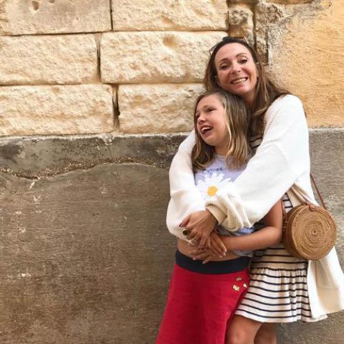Maybritt Mobach met dochter